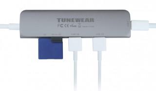 最先端の高性能チップを採用しながらも、重量はわずか44グラム TUNEWEAR