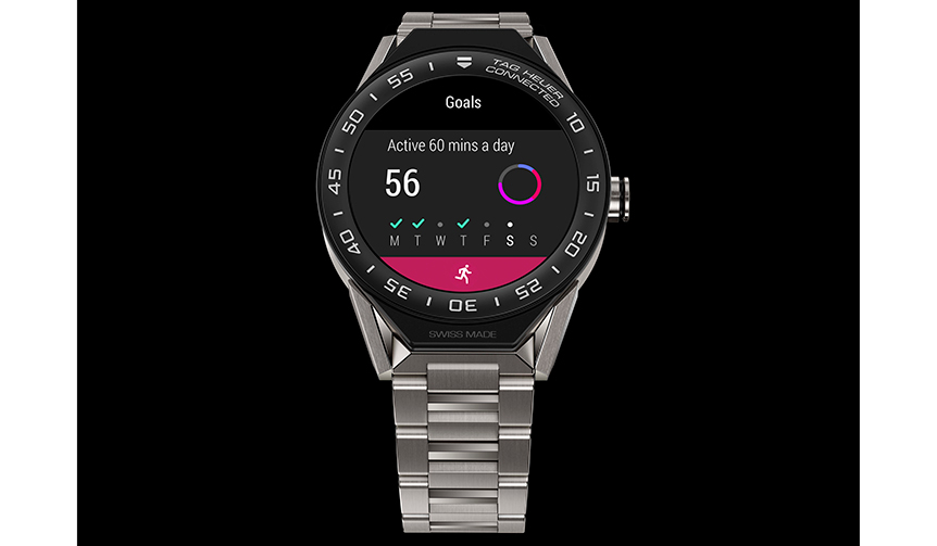 時計の外装にはチタン、セラミック、ピンクゴールドなど、高品質の素材だけを使用、ディテールにも細心の注意が払われている。