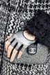 20_Close-up_accessories_22b_cmyk