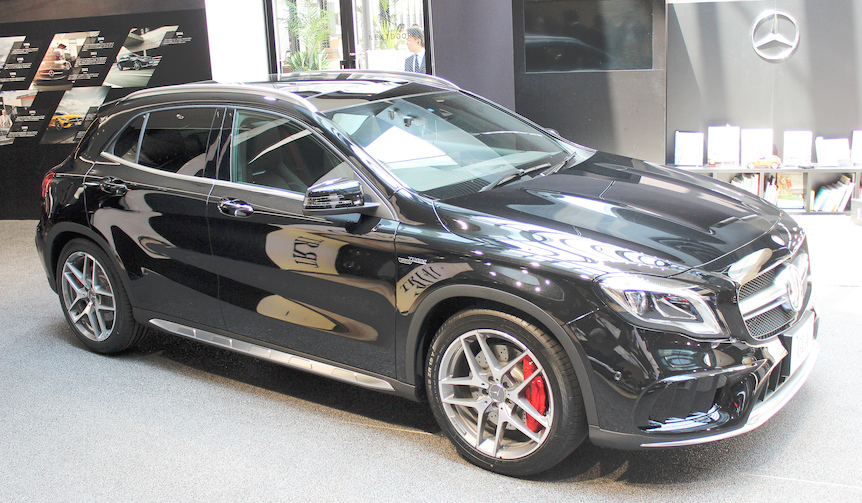 Mercedes-AMG GLA 45 4MATIC メルセデスAMG GLA 45 4マティック