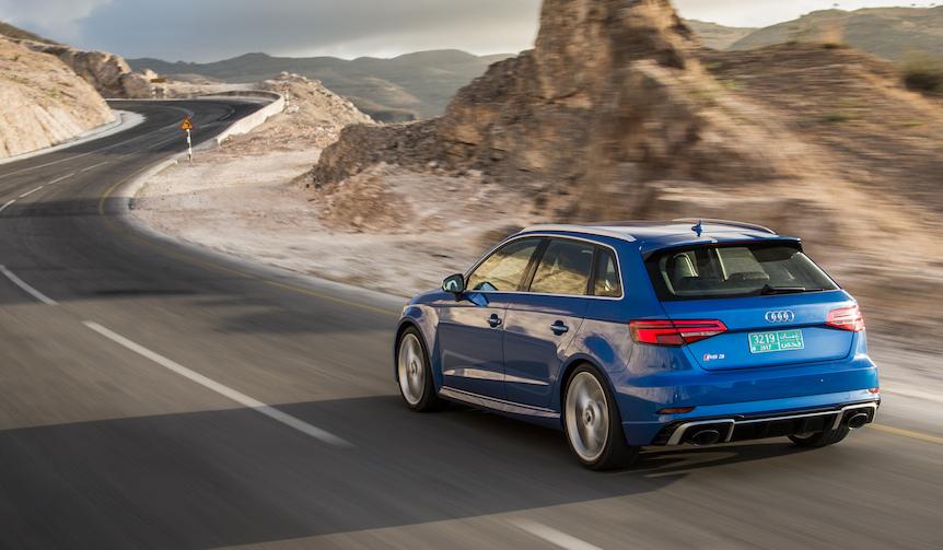 新型アウディRS3に試乗|Audi