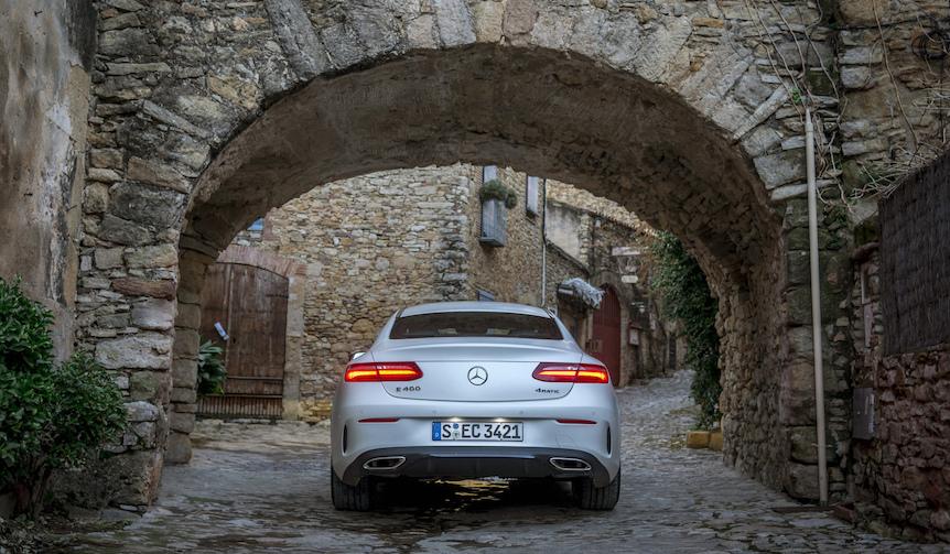 Mercedes-Benz E 400 4MATIC Coupe メルセデス・ベンツ E 400 4マティック クーペ