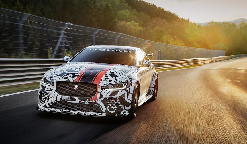 ジャガーXEのハイパフォーマンスモデルを発表|Jaguar