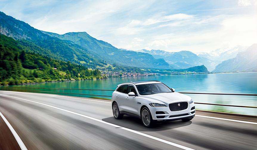 WCOTY受賞を記念したFペイスの特別仕様車|Jaguar