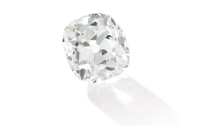 JEWELRY|10ポンドの指輪が約66万ポンドで落札