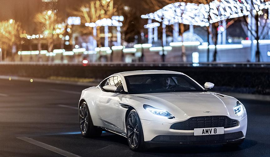 DB11にAMG製4.0リッターV8エンジンモデルを追加|Aston Martin