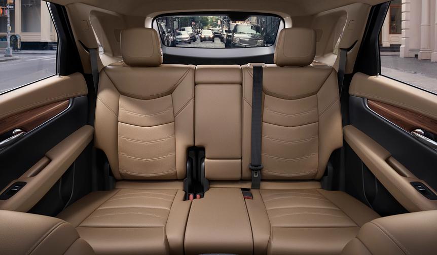 キャデラックの新モデル「XT5」国内導入|Cadillac