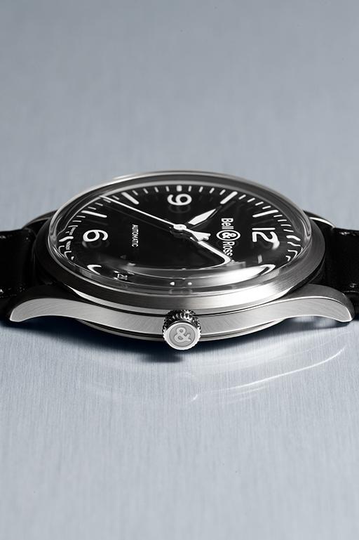 01_g_H23-05-BRV1-92-black-steel