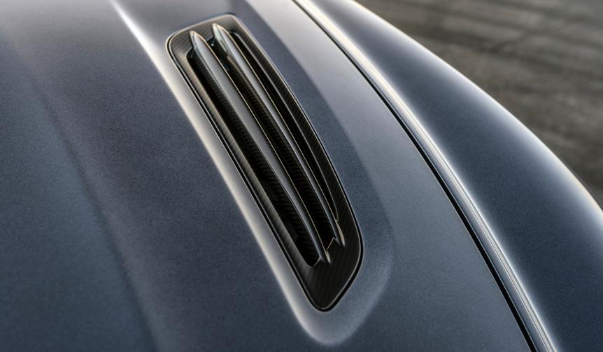 Aston Martin Vanquish Zagato volante アストンマーティン ヴァンキッシュ ザガート ヴォランテ