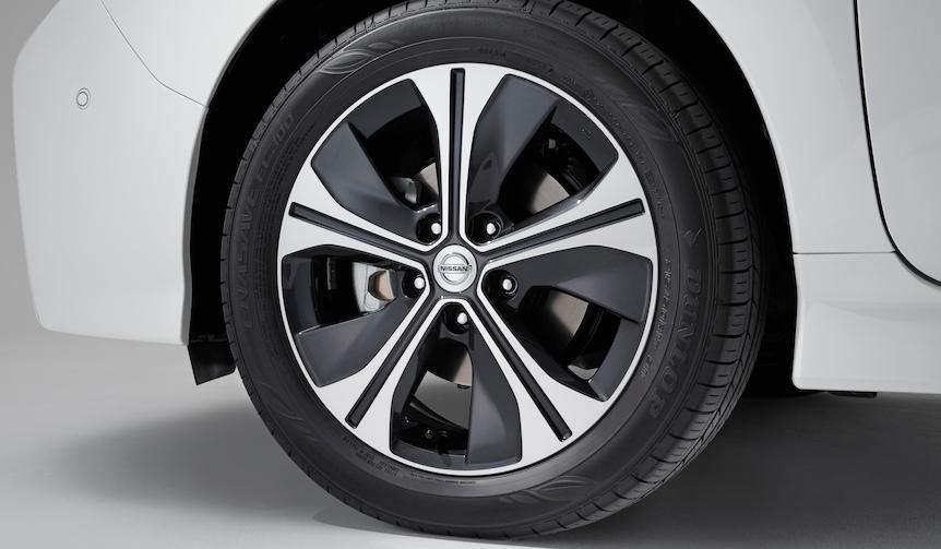 Nissan Leaf 日産 リーフ