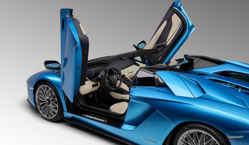 アヴェンタドール S ロードスターを発表|Lamborghini