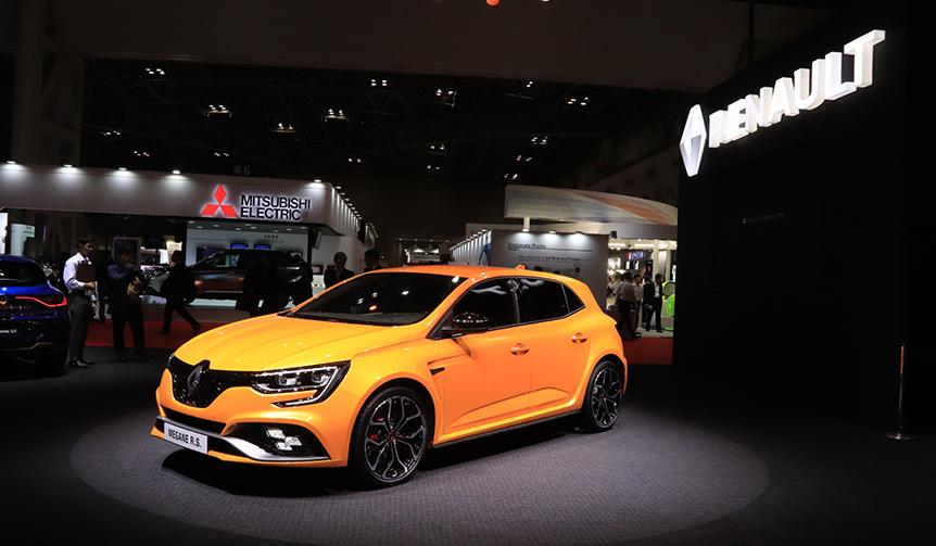 Renault Megane R.S. ルノー メガーヌ R.S.