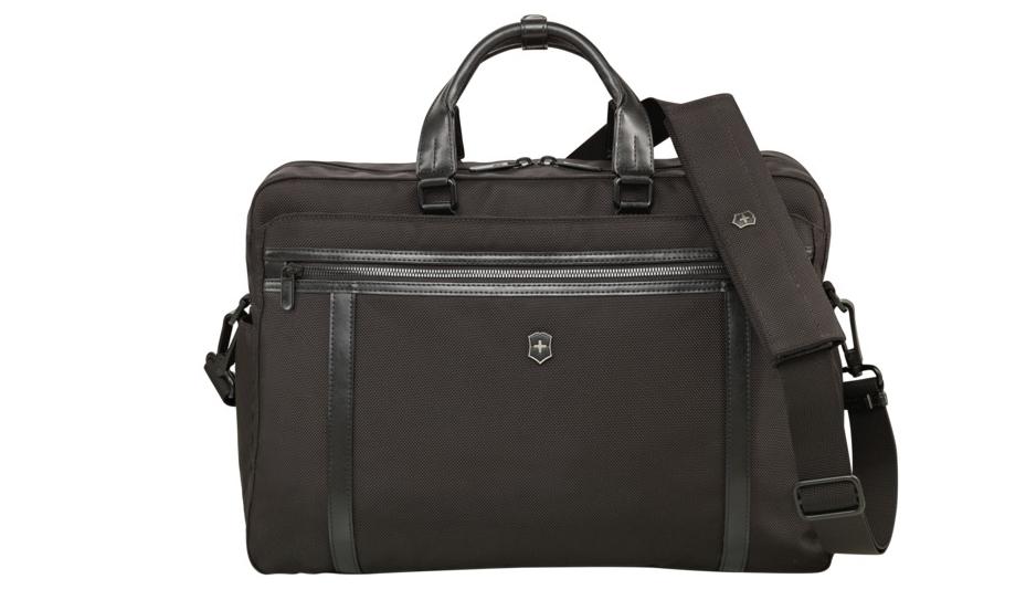 VICTORINOX|ビジネスマンへ贈る、スマートなバッグ「ワークスプロフェッショナル」