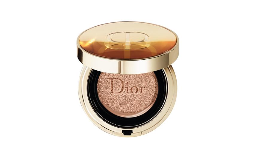 Dior|ディオールのクッション ファンデーション。グランヴィル ローズの恵みを肌に