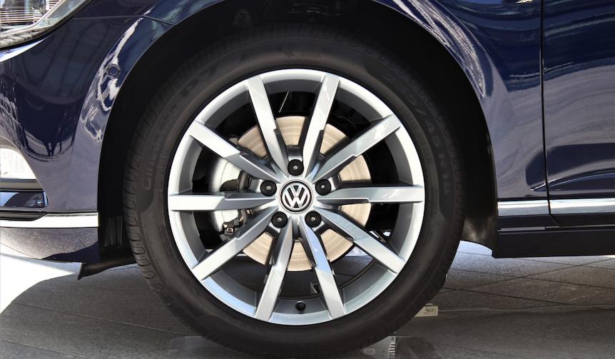Volkswagen Passat Variant TDI フォルクスワーゲン パサート ヴァリアント TDI