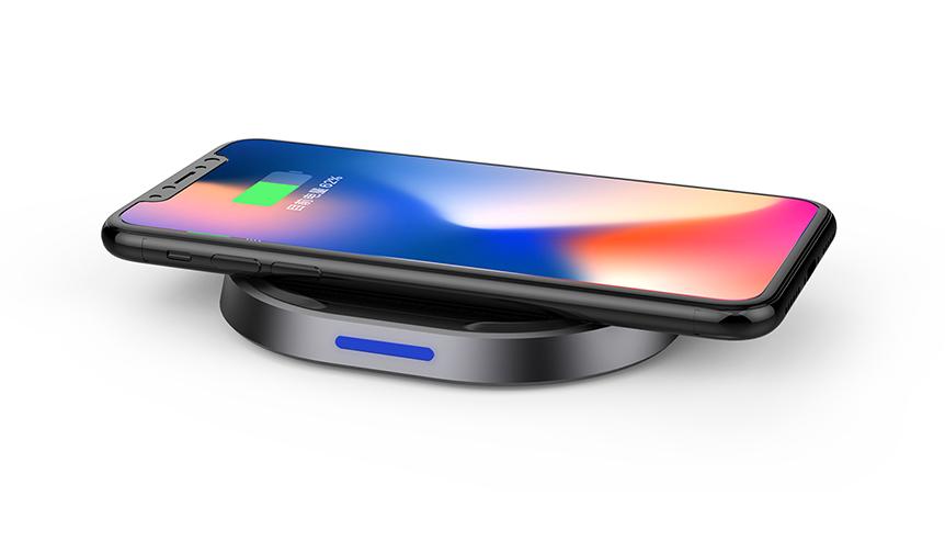 TUNEWEAR|iPhone X やGalaxy S8を置くだけで充電。安全設計のワイヤレス充電器