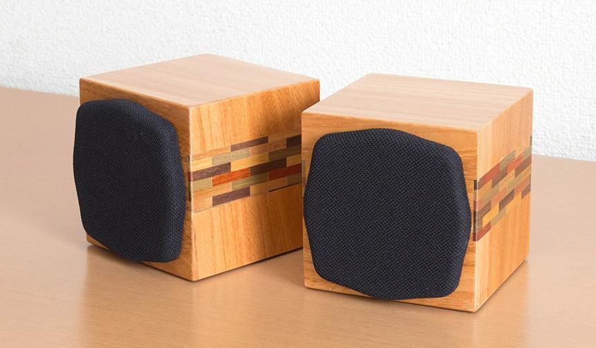 Soudfort|箱根寄木細工を活かした小型密閉型キューブスピーカー