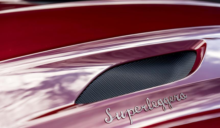 アストンマーティンが新型「DBSスーパーレッジェーラ」を予告|Aston Martin