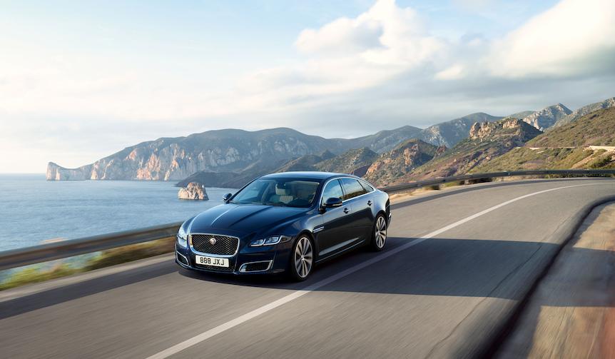 ジャガーXJ誕生50周年記念モデル「XJ50」を発表 Jaguar