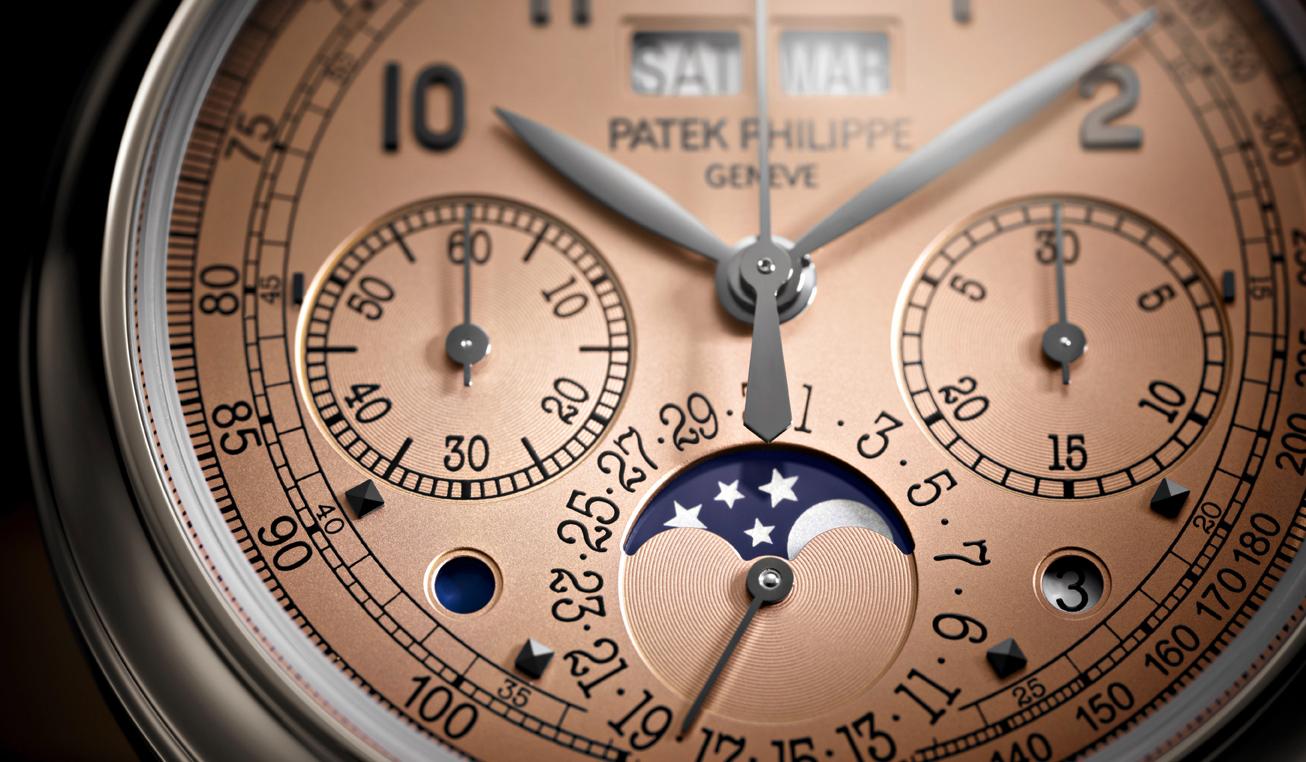 PATEK PHILIPPE|最新「永久カレンダー搭載クロノグラフ」は、希少なプラチナバージョン