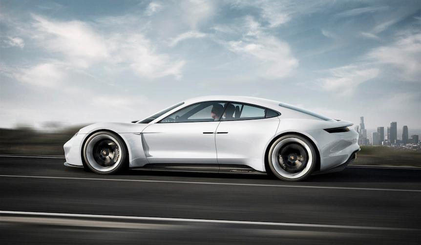 ポルシェ初のEV「ミッションE」を2020年に日本で発売|Porsche