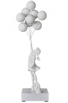 flying_balloons_girl_01
