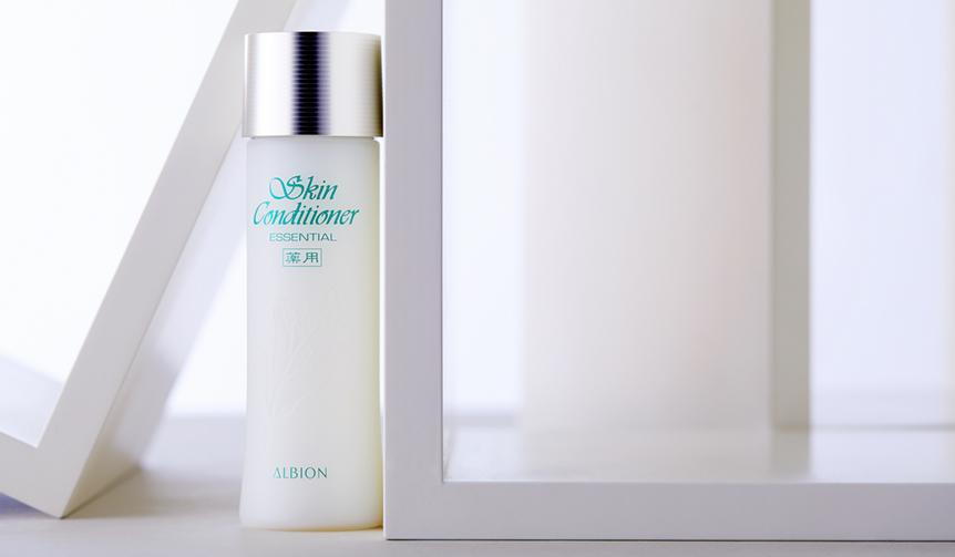 麗しの名品図鑑 vol.5 永遠の美しさに挑むベストセラー化粧水|ALBION