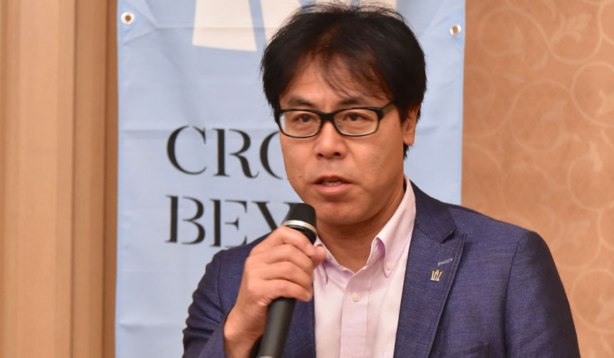開発を担当した秋山晃チーフ エンジニア