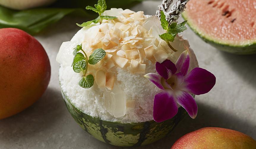 Shangri-La Hotel, Tokyo|Tropical とLuxuriousが同時進行!「すいかとココナッツのかき氷」