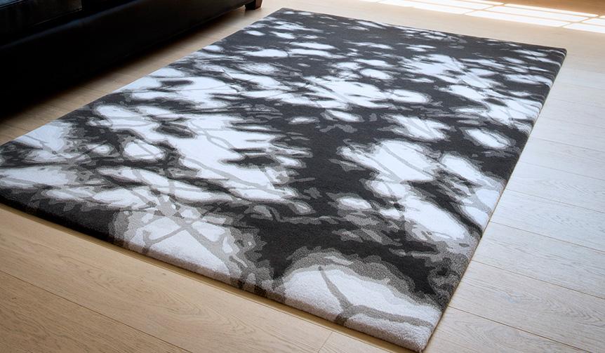 山形緞通|世界的工業デザイナー・奥山清行氏のデザインによる「KOMOREBI」