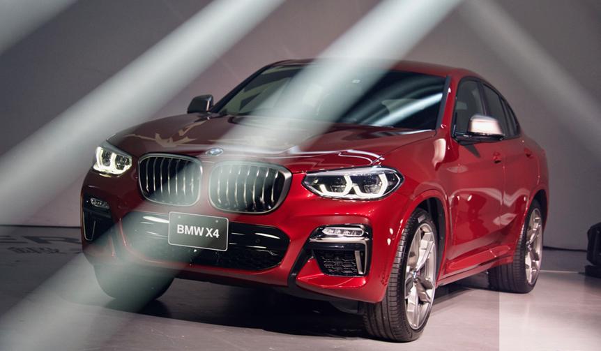 BMWが新型スポーツア クティビティ クーペ「X4」を発表|BMW