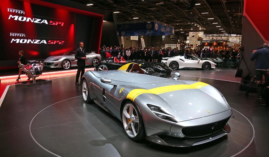 モンツァSP1とSP2をパリサロンで世界初公開|Ferrari