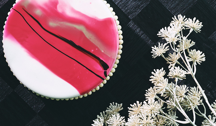 CONRAD TOKYO 聖なる夜を彩る限定クリスマスケーキ&スイーツの予約開始