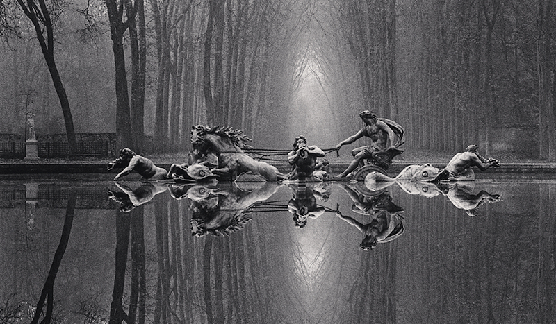 LOUNGE|代表作から初公開作品を展示。「マイケル・ケンナ写真展 A 45 YEAR ODYSSEY 1973-2018」