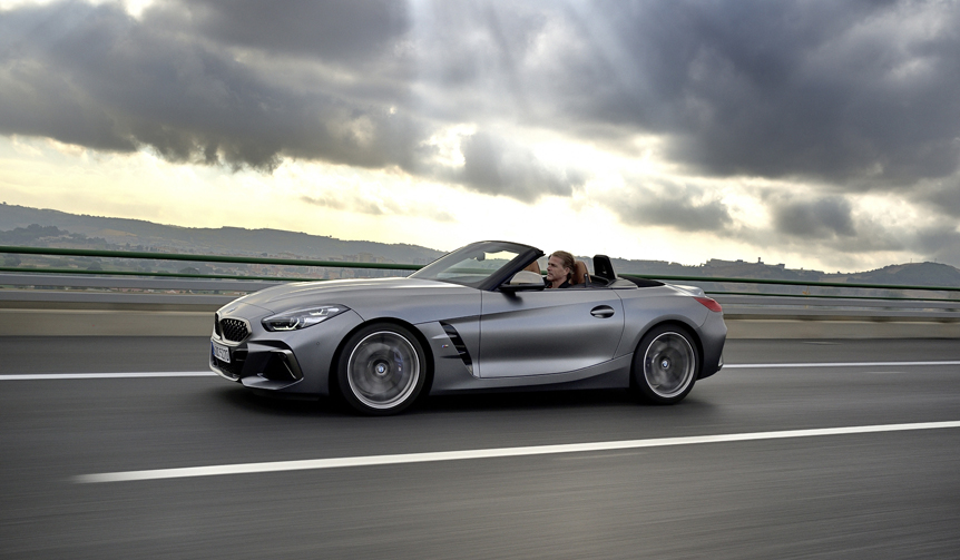 BMWの最新オープン2シーター、新型「Z4」に試乗|BMW
