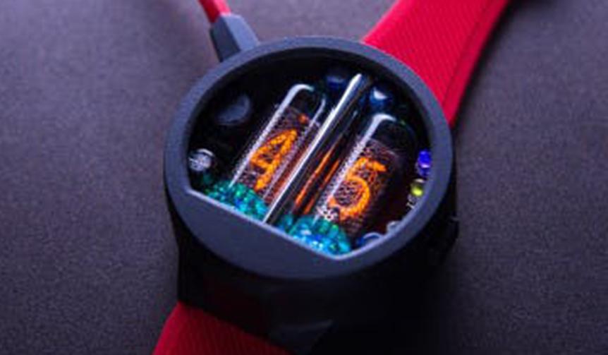 NIXOID lab|真空管通電の灯りで時刻を表示する、ウクライナ発のレトロフューチャーウオッチ