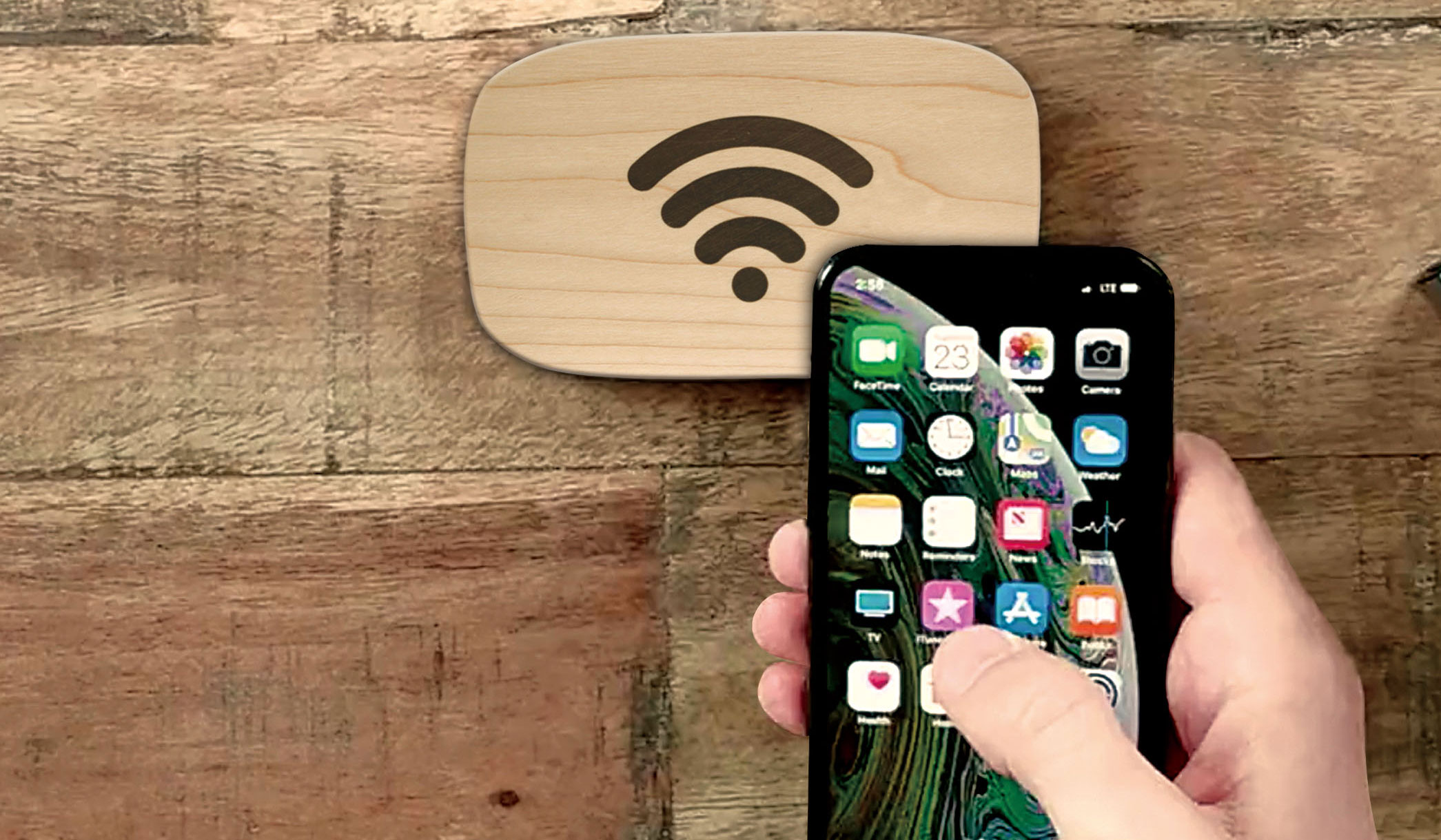 Ten One Design|スマホをかざすだけでWi-Fi接続できる画期的なデバイス