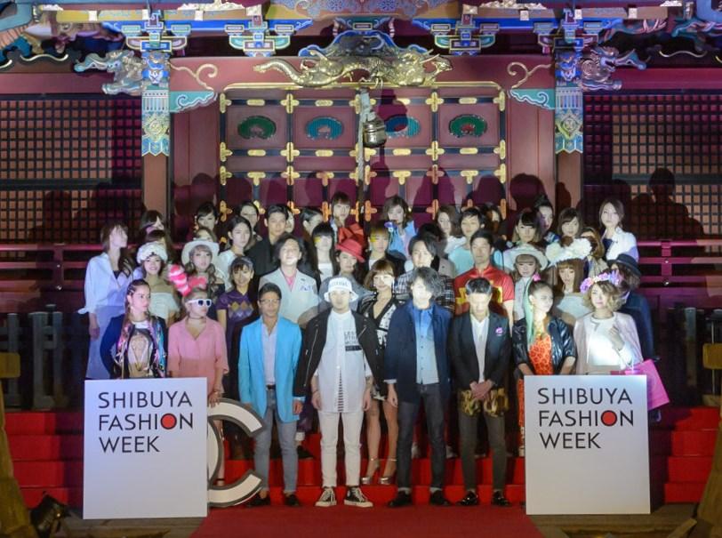 金王八幡宮で行われた第3回渋谷ファッションウイーク「SHIBUYA RUNWAY」の様子