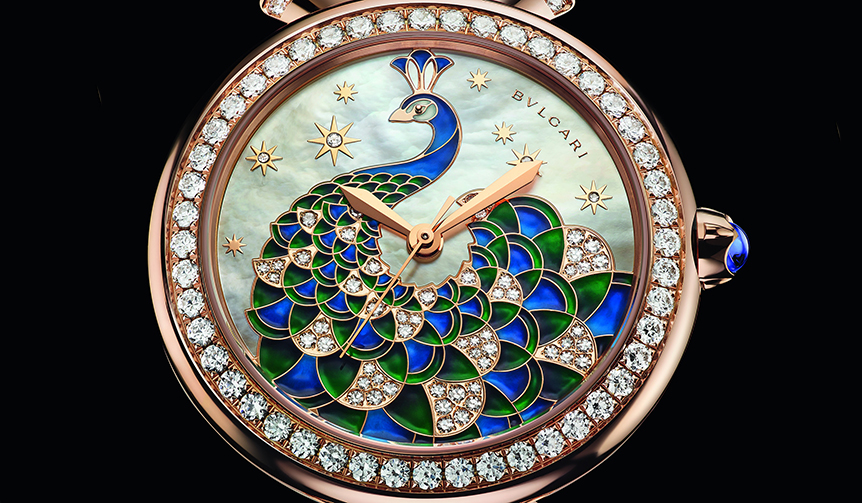 BVLGARI|ハイジュエラーが贈る新たな「ディーヴァ ドリーム」は、孔雀が舞うタイムピース